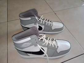 Sepatu Nike Jordan uk 40
