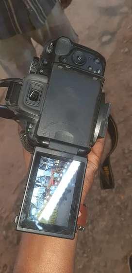 Nicon camera d5200    lenses 18..55