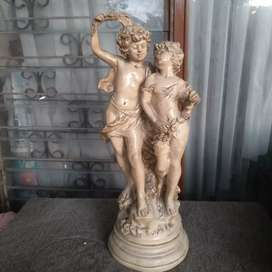 Patung 2 anak eropa vintage