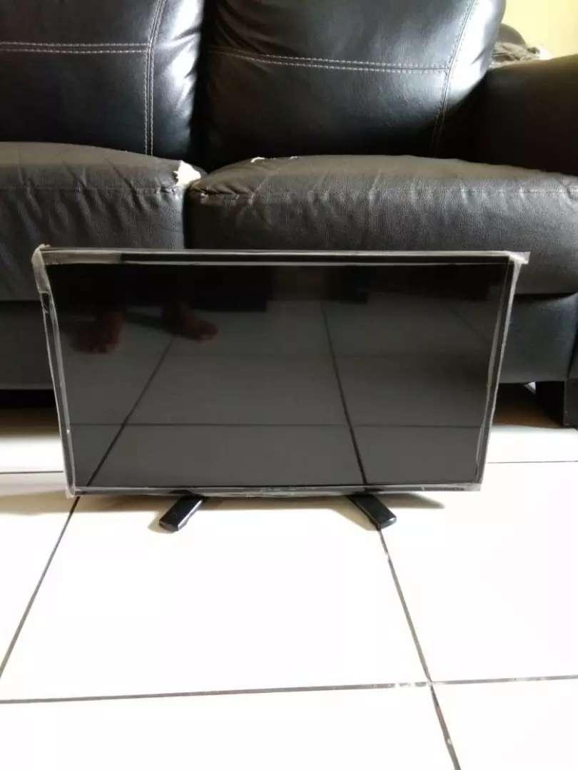 """Tv LED Merk SHARP 24""""INCH Model LC-24LE170i 0"""