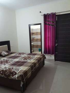 3 BHK IN ROYAL FLOOR SECTOR-125 MOHALI BOOK NOW