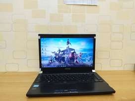Laptop Second Toshiba R93 core i7 HDD 500gb 14in VGA1.8gb ZOOM 2nd