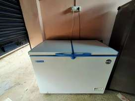 Blue star deep freezer 300ltr under warranty