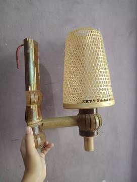 JUAL SEPASANG HIASAN LAMPU BERBAHAN ROTAN DAN BAMBU