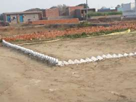 100 yards plot in 3 lakh me only greater noida sector 149-150 me