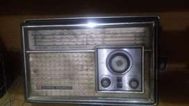 National Panasonic Radio(Made in Japan) in best conditions.