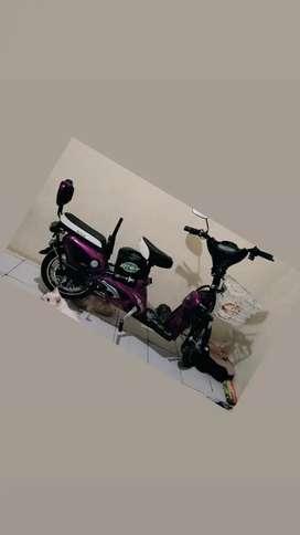 Sepeda Listrik Vita-T Purple Like New