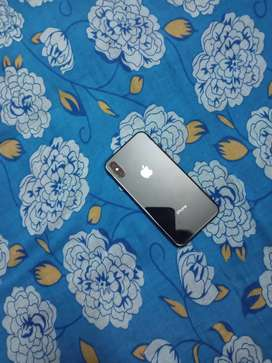 iphone xs 64gb mint condition not a single problem