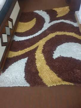 1 want to sell my carpets in neat condition