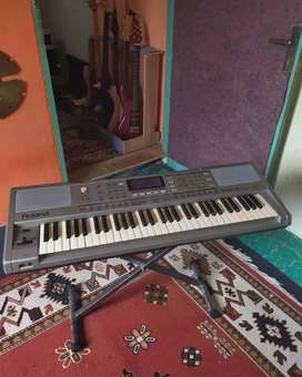 Keyboard Roland exr5