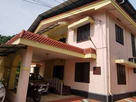 Plot and house for sale near Kottayam Collectorate