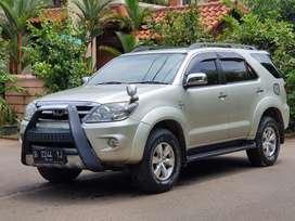 Toyota Fortuner bensin 2.7 G luxury 2700cc 2008 antik mulus terawat