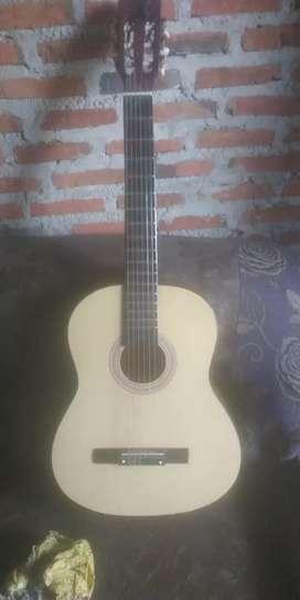 Gitar osmon kondisi baru jarang dipakai jual cepat  minat telpon