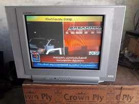 C.r.t  flat lg tv for sail  good pichar clarity  pls contact