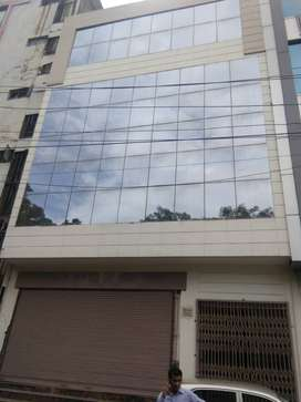170 YARD COMMERCIAL FLOORS ONLY 3 CRORE (MANGAL PANDEY NAGAR)