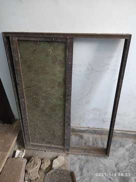 Aluminium window with frame and glass