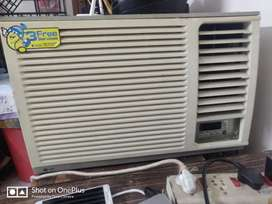 2 Ton LG AC in excellent working condition