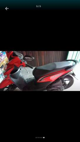 Honda beat pop merah