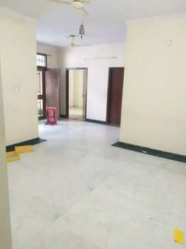 3 Bhk with big open terrace available at a veryyyy prime location