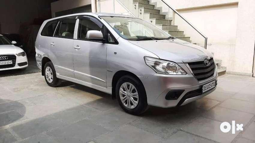 Toyota Innova 2.5 G 7 STR BS-IV, 2014, Diesel 0