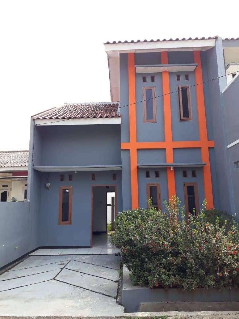 Rumah Dijual 2 Lantai Murah dan Modern di Cipayung Depok 0
