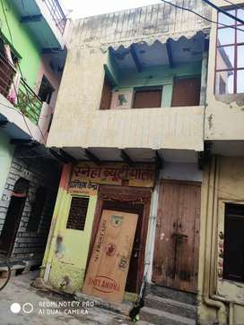 Selling a home & shop in punjabi market have 21 gaj area