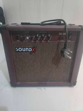 SoundX SG-20 guitar amplifier. 1.5 years old