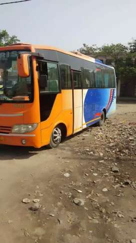 luxury tourist bus 27 seater