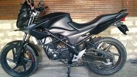 Honda CB150R StreetFire 2014
