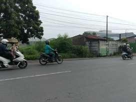 Disewakan tanah di pinggir jalan besar letda sujono