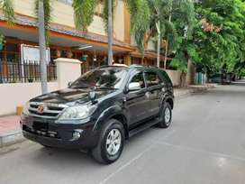 Toyota Fortuner diesel 2.5 G th 2008