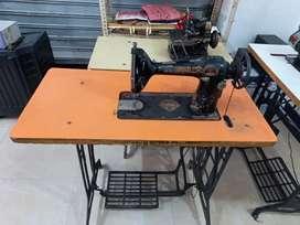 2 sweing  machine or 1 rack