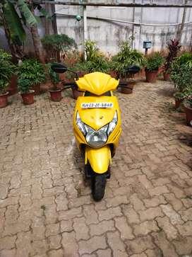 Honda Dio 110cc DLX HET BSIV,yellow,2014, single owner self start allo
