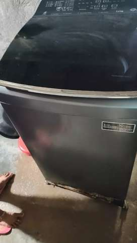 Whirlpool washing machine latest 8 months only