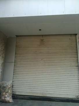 Shop for rent in Anand near 80 feet road