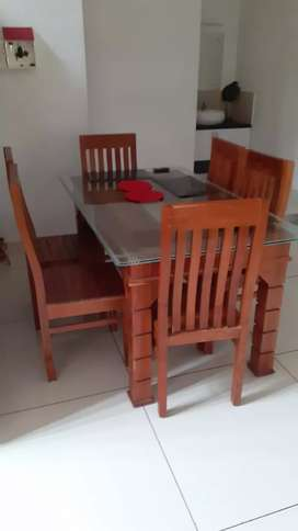 Refurbished 6 seater dining with chairs