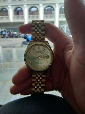 jam tangan rolex gold, bukan gucci tas sepatu atau iphone