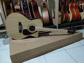 Gitar akustik lakewood neck maple with equalizer