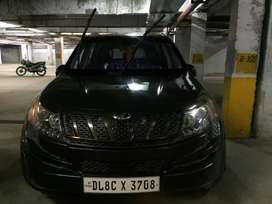 Xuv 500 w8 top model in good condition