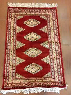 Pakistani handmade carpets only 10,000 rs