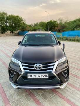Toyota Fortuner 3.0 Limited Edition, 2017, Petrol