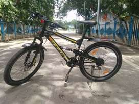 Front dis ,with 2al suspension , front & back gear 3&6,back power brea