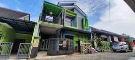 Rumah cantik 2 lantai dekat jalan raya solo jogja di jogonalan klaten