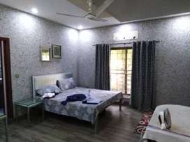 10 Marla 5 Bedroom Double Unit House Bahria Town Sector C