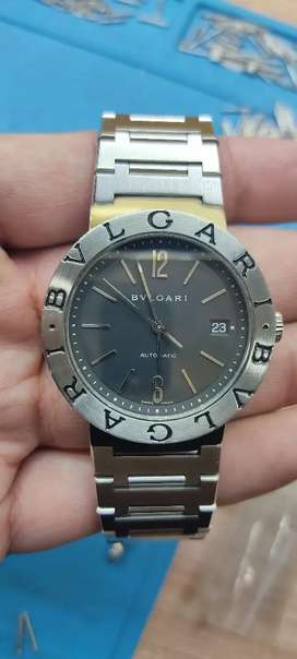 Imran shah Rolex Dealer Selling and Co pre owned watches all over pak