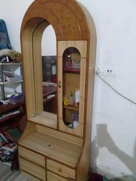 Dressing table in very good condition
