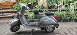 Piaggio/Vespa PS150 STRADA