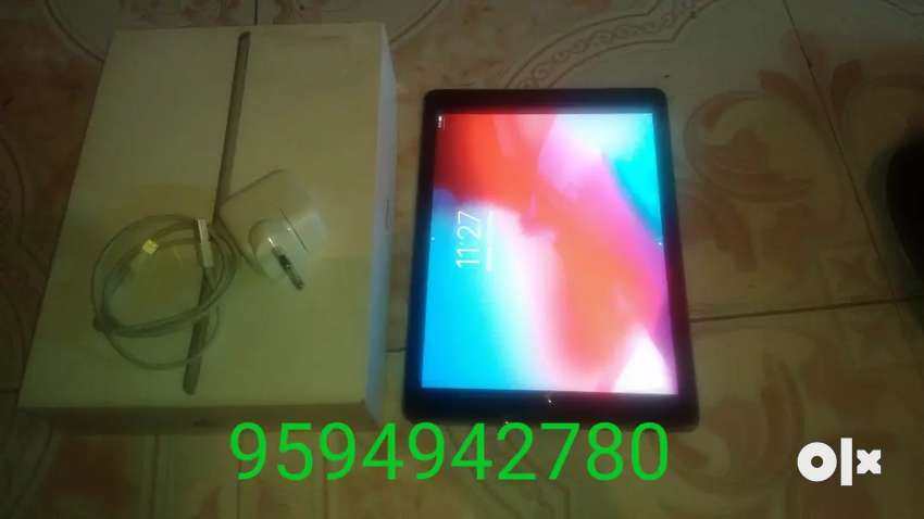 Sell my iPad 6 generation only tow month use 0