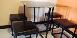 Dijual set meja makan dan kursi minimalis