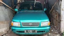 Toyota kijang kapsul LGX tahun 1997